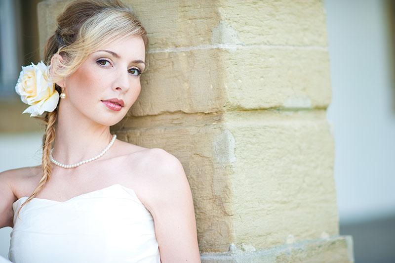 Braut-Make-up Beauty Eyes Lips Blonde